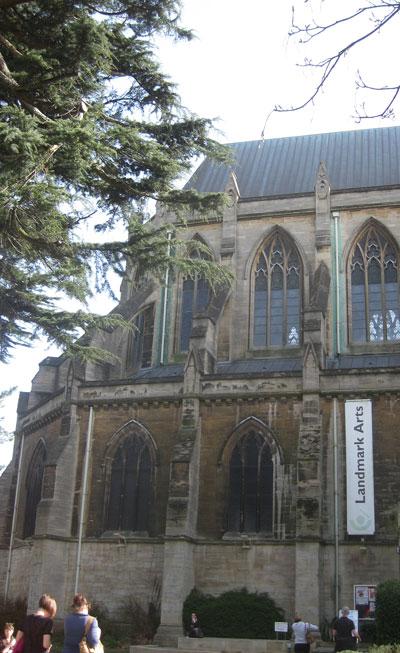 Landmark-Arts-Centre-Teddin