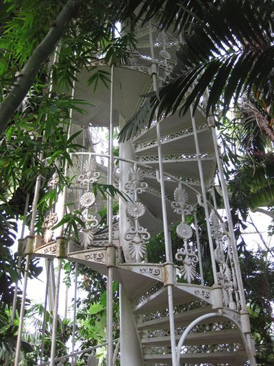 Kew-palm-house-spiral-stair