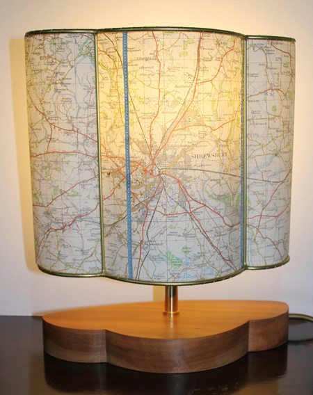 Lit-map-half-lamp