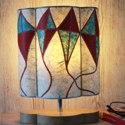 Red-kites-half-lamp